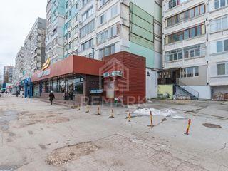 Spre chirie oficiu, 65 mp, Bd. Dacia 600 €