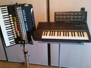 Аккордеон Hohner, синтезатор, тюнер. Accordion Hohner, sintetizator Roland, tuner.