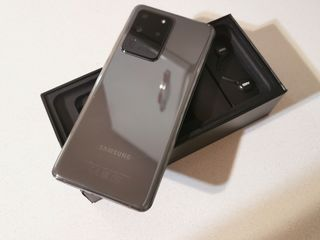 Samsung Galaxy S20 Ultra - Garanție oficială! + Wireless