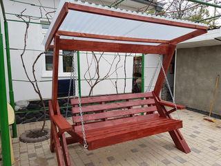 Деревянные садовые качели. Бесплатная доставка по стране.