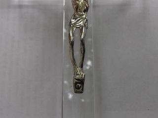 Cruce noua si tablouri lucrul manual;plasa rezistenta,noua,deosebita