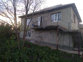 Продаю 2 дома на 60 сотках, 25000 евро + старый дом
