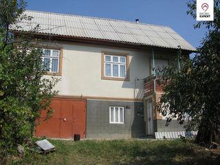 Casa cu 2 nivele,Miclesti,Criuleni,teren - 14 ari, garaj, beci, gradina mare