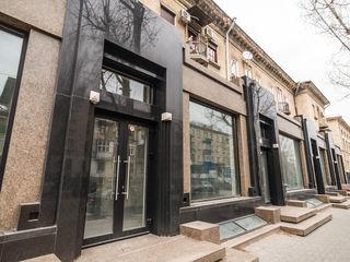 Vânzare spațiu comercial 808 mp pe str. A. Pușkin, Centru, Prima linie.