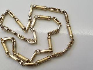 Lant din aur Italian proba 750. Este facuta de un brand Italian renumit Madalus.