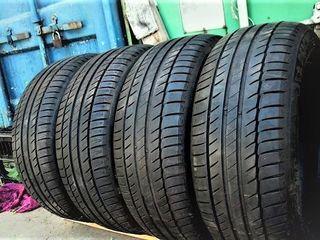 235 / 55  /  R17   -   Michelin
