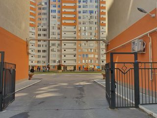 Apartament 2 camere, 92 mp/, 720 euro/mp (parcare subterana+debara) Valea trandafirilor