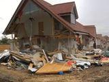 demontarea caselor  orice lucrare din monolit