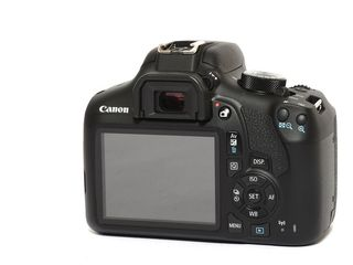 Фотоаппарат Canon 1300D 18Mp + Canon 18-55 IS II - Новый 320евро!