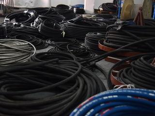 Reparatii Furtunuri hidraulice Chisinau ремонт гидравлических шлангов кишинев