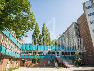 Se propun spre chirie depozite/spații de producere amplasate în sectorul Botanica.