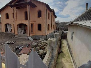 Se vinde casa cu 2 nivele in or. Soroca, regiunea Cetatea Veche