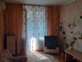 Apartament cu 2 odai euro-reparatie