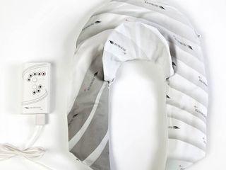 Biowaver cervical, локализуясь в шейной фасции и на плечах, улучшая микроциркуляцию шеи и плеч