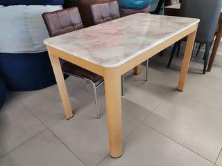 Скидки! кухонный стол MARMURĂ-2216