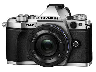Olympus OM-D E-M5 Mark II + 25mm f/1.8 Lens