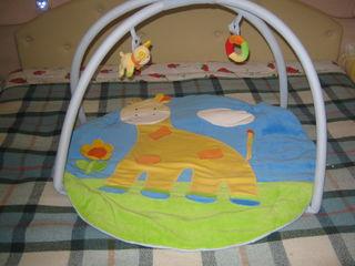Развивающий коврик , babynest — двухстороннее гнездышко-кокон + одеяло, подушка для кормления.