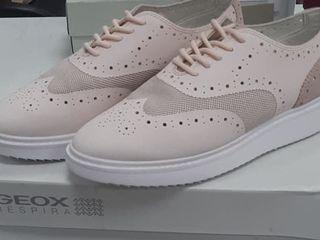 Продаю новую женскую обувь Geox.Размер 39