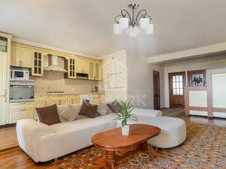 Chirie  Apartament cu 3 odăi, Telecentru,  str. Gheorghe Asachi, 400 €