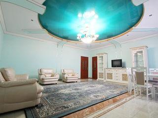 Casa cu curte separata in chirie la telecentru, 3 odai -   500 euro