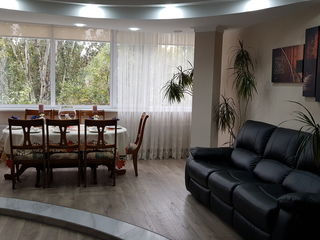 Apartament 3 camere, Flacara