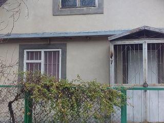 Продается дом 100 м2 с участоком 8 соток