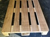 Vindem paleti din lemn de diferite dimensiuni
