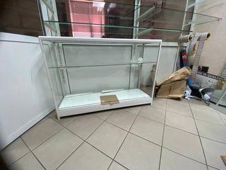 Фирма pigeon распродает оборудование в связи с закрытием магазина! цены прекрасные !