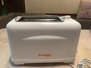 Тостер technika в отличном состоянии 150 лей.