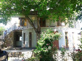 Casa de locuit,16 km de la Chisinau