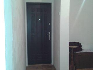 Продаю 3-х комнатная кв-ра серии МС с автономным отоплением и стеклопакетом в Яловень