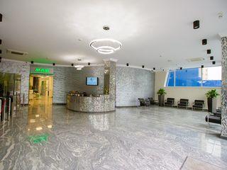 Oficiu, centru, open - space 130 mp