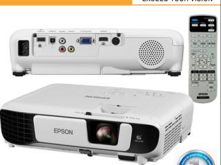 Проектор Epson EB-X41 в упаковке