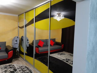 Apartament cu reparație, mobilat.