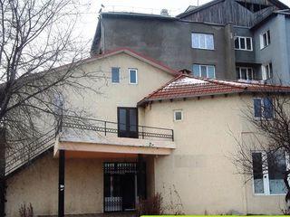 Vatra - centru , spatiu comercial , 150 m2 - 52000 euro