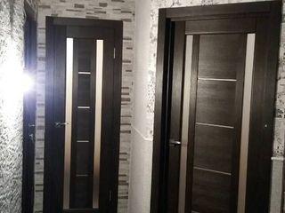 Срочно продаём 3-х комнатную квартиру с пристройкой. Недорого! 30000€
