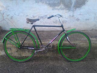 Vind bicicleata stare foarte buna urgent