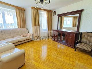 Apartament 5 camere, 110 mp, reparat și mobilat, bd. Moscovei 60000 €