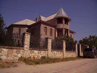 Хороший дом.Недорого или обмен,торг,кредит.115 490€ Кишинев 8км Чореску.Автобус в город каждые 15 ми