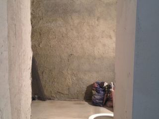 Urgent.apartament in hancesti.2 odai.recent reparat.varianta alba.18000euro,negociabil.