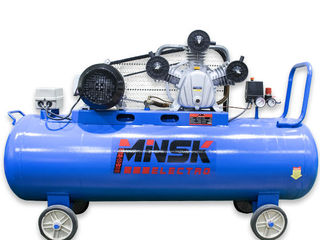 Компрессор 200 литров 3 поршневой minsk/ compressor 200l /garantie/livrare prin moldova gratuita