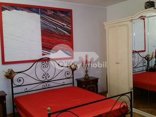 Centru !! 3 camere, euroreparație, 490 € !