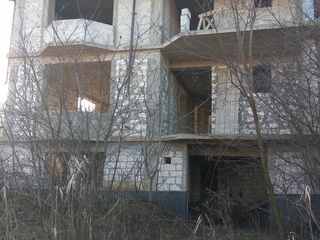 Дом-дача 3 уровня ,14,44 сотки
