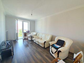 Apartament 3 camere, euroreparație, 94 mp, 75 000 €