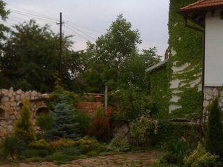 Продам 3-ех этажный дом в Вадул луй-водэ, 21 км от Кишинёва.