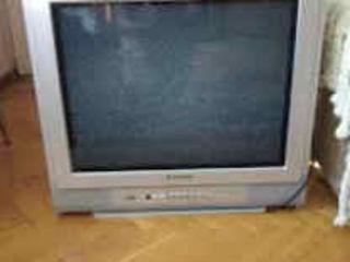Panasonik 54см и sony 72cm. в хорошем состояний.недорого. и видеомагнитофон SLV 515. 5 головый.в нов