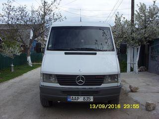 Mercedes 212D