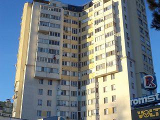 Квартира с видом на парк. 143 м2, 5 комнат + терраса, 450 евро/м2