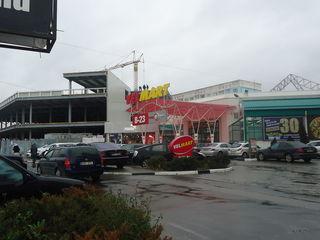 177м2 коммерческая торговая площадь в Центре по ул. Кантемир!