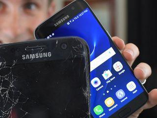 Samsung разбил дисплей  -  в тот же день заберём, починим, привезём !!!